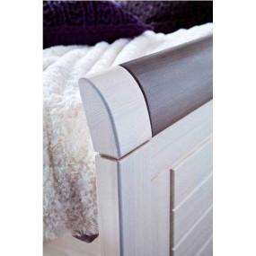Dřevěná postel Molde s úložným prostorem