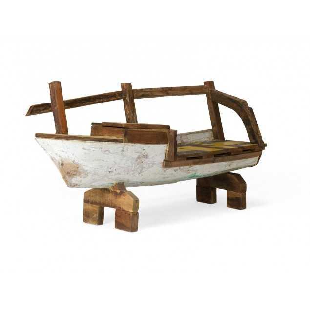 Masivní lavice ve tvaru lodi z recyklovaného dřeva Halika
