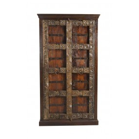 Antická skříň v indickém designu Mamba