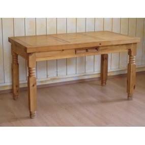 Dřevěný jídelní stůl 140x75...