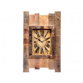 Nástěnné hodiny starodávné
