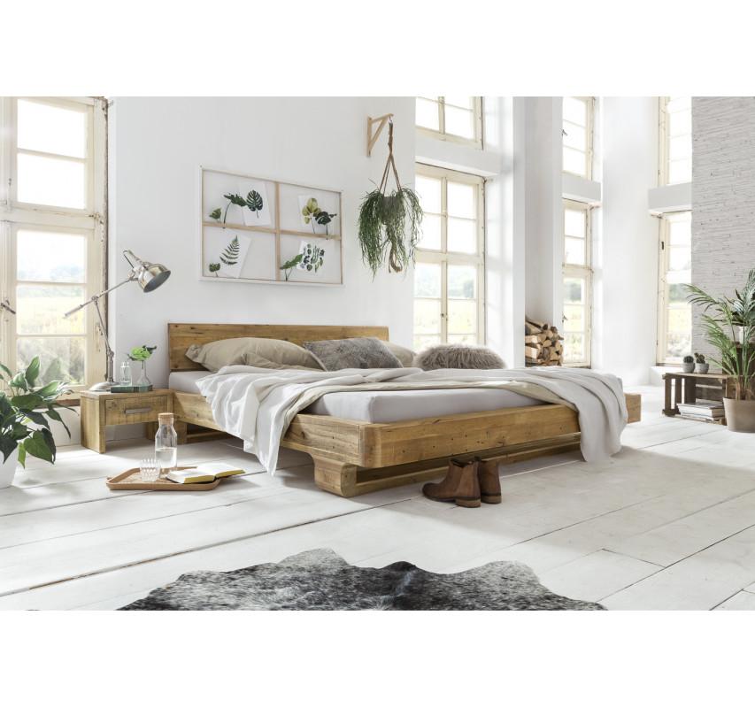 Masivní postel z recyklované borovice Chicago 180x200